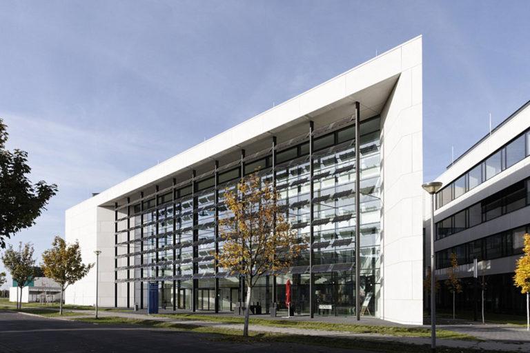 Zentrum für Photovoltaik und Erneuerbare Energie im Zukunftsorte Adlershof