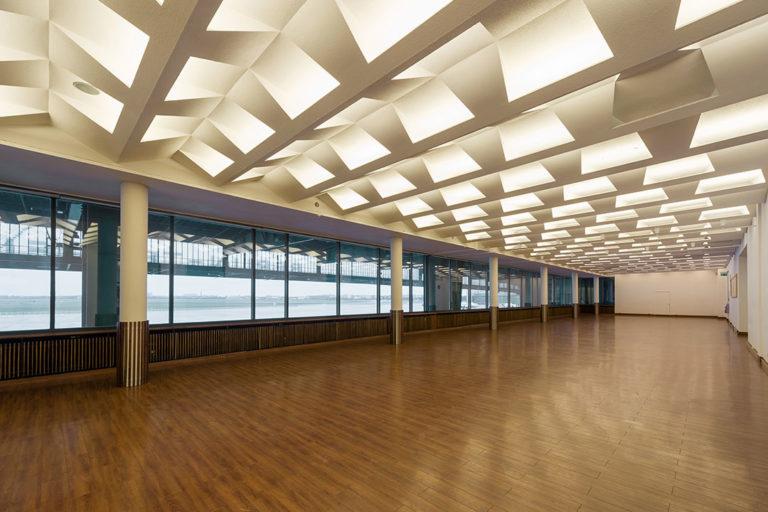 Zukunftsort Tempelhof: Leere Halle