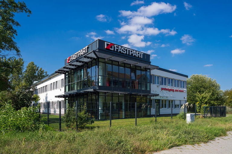 Gebäude aussen FASTPART Kunststofftechnik GmbH